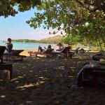 Photo de Pondok Sari Beach Bungalow Resort & Spa