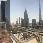 Photo de Dusit  Thani Dubai
