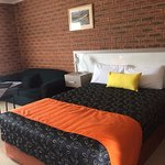 Single or Queen double rooms