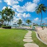 Aqua Bay Club - Grounds
