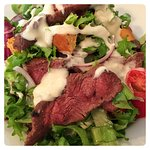 Deliciously tasty Steak Salad. So tasty. Doesn't even feel like the healthy choice as it's so ni