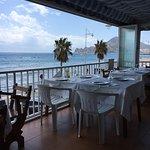 Terraza primer piso del comedor con vistas al mar