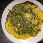 Μερικα απο τα υπεροχα φαγητα της ταβερνας το λιμπερδον