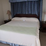King bed, Room 212