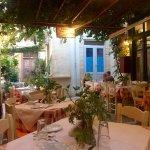 Foto de Loggia Taverna Restaurant