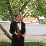 A lincoln impersonator tells stories