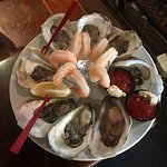 Kings Selection, Oysters and shrimp