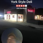 Santini's NY Style Deli resmi