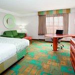 Photo of La Quinta Inn & Suites Albuquerque West