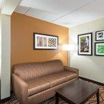 Photo of La Quinta Inn & Suites Tampa North I-75
