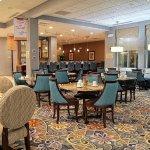 Hilton Garden Inn Tulsa Midtown Foto