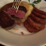 Medium rare fillet with average fried green tomatoes