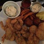 Seafood platter #4 oysters, shrimp, scallops