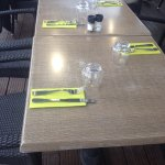 tables pour le repas du soir