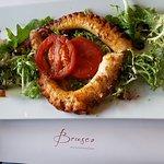 Oktopus mit Salat