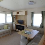 Spruce caravan - Lounge and dining areas