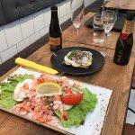 Spécialité suédoise : salade de crevettes avec des miettes de chair de crabe ! miam miam