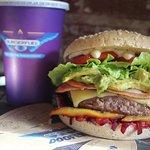 Bastard Burger + Thickshake