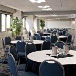 Foto de Delta Hotels by Marriott Edmonton South Conference Centre