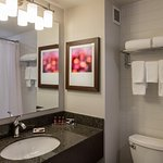 Photo of Delta Hotels by Marriott Beausejour
