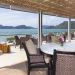 Breeze Lounge - Terrace Area