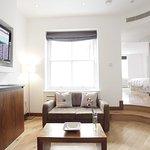 Photo de Presidential Apartments Kensington