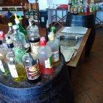 Gin/liquor-tasting bar