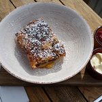 bread and butter croissant pudding