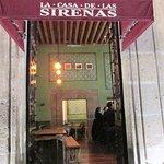 Entrance and interior to La Casa de las Sirenas