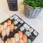 Fresh & hand-made sushi