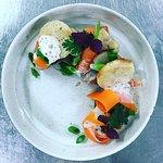 Moelle/jeunes légumes/bouillon de poule