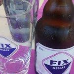 Cerveza griega Fix