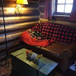 Storm Mountain Lodge & Cabins Photo