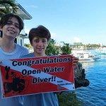 Hukas Divers
