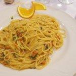 Spaghetti con polpa di ricci di mare