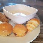 Breakfast - Bread & Oatmeal