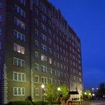 Photo de Ambassador Hotel Tulsa, Autograph Collection