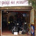 La Grange aux Petrolettes