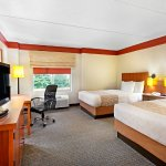 Foto de La Quinta Inn & Suites Raleigh Cary
