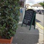 Farmhill Cafe & Restaurant
