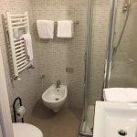 Newly renovated / Tiny shower