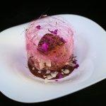 Profiterol: Relleno de pastelera de avellanas y helado de vainilla