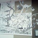 dans le couloir , une déco d'artiste à l'image de la ville