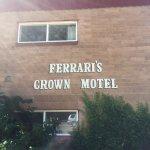 Ferrari's Crown Resort Foto