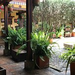 La posada y su patio interno