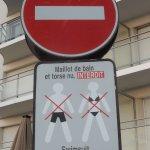 Rue St. Jean resmi