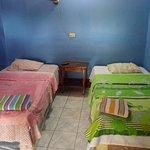 Habitacion para dos personas con sus camas unipersonales