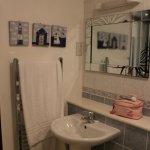 En suite in main bathroom