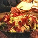 Salad with crispy prosciutto