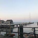 Straight Wharfの写真